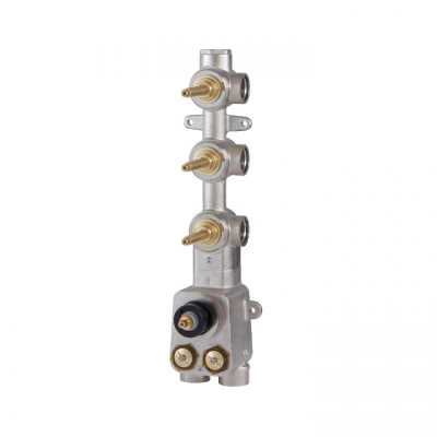 "TOTEM 3/4"" thermostatic valve with 3 shut-off valves"